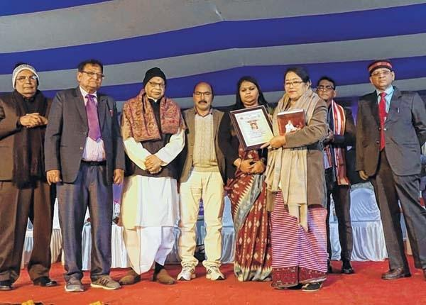 Professor Dr H Subadani conferred 'Bhasha Setu Samman Award of Mahvidya, Deoghar, Jharkhand for 2020'
